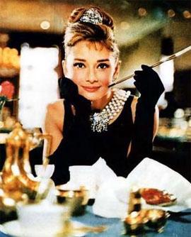 Huyền thoại Audrey Hepburn cũng thuộc cung Kim Ngưu.