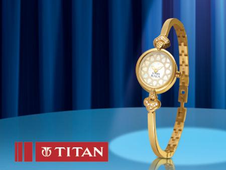 Titan Raga  Floret, mặt đồng hồ tròn, đính đá Swarovski, có màu thép và lưỡng kim.