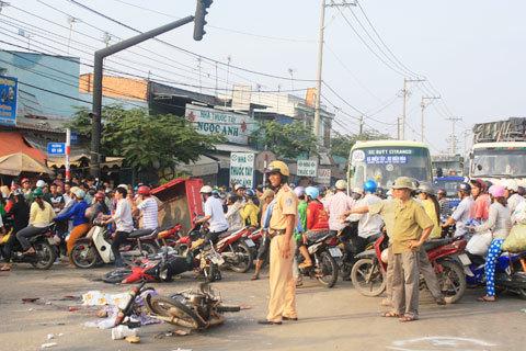 Một người chết tại chỗ, nhiều người bị thương nặng.