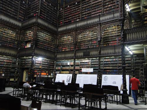 Thư viện nghệ thuật ở Rio De Janeiro, Brazil.