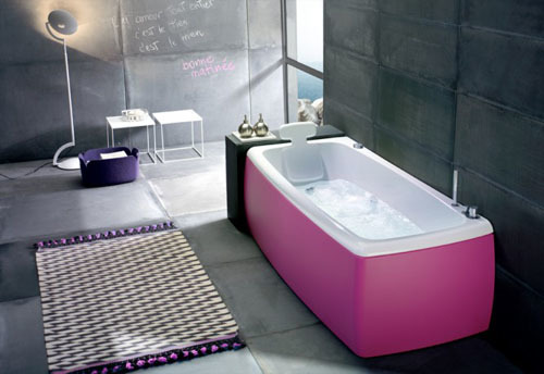 bathtub11-566881-1376025927_500x0.jpg