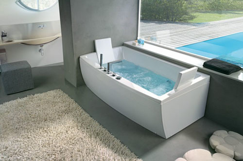bathtub9-312621-1376025927_500x0.jpg