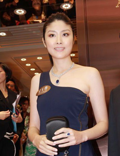 Trần Tuệ Lâm tham dự sự kiện quảng cáo hôm 29/4.