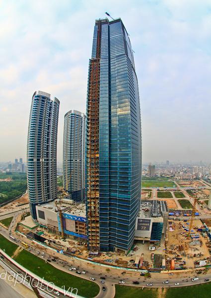 Tòa nhà cao nhất Việt Nam tính đến thời điểm hiện tại, chụp từ CEO Building.