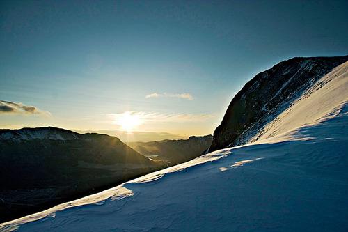 Ngắm bình minh ở dãy núi tuyết Kananaskis, ở Alberta, một tỉnh miền Tây Canada.
