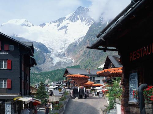 Mùa thu ở khu trượt tuyết Saas, Thụy Sĩ.