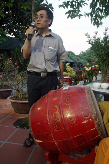 Bác sỹ thú y Hoàng Ngọc Báu, thành viên hội