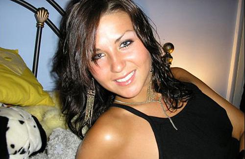 Jenny Thompson suýt mất mạng vì cháy nhà. Ảnh: Mirror.