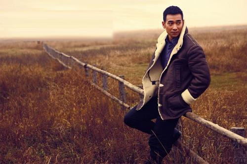 Triệu Văn Trác trên tạp chí Esquire để quảng cáo cho bộ phim 'Mạch điền'.