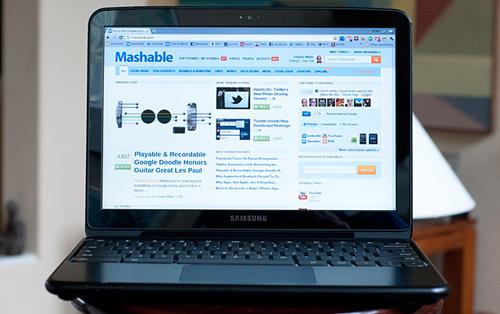 Chromebook màn hình 10 inch, độ phân giải