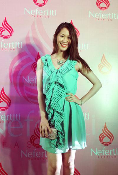 Hoa hậu thân thiện Dương Thùy Linh