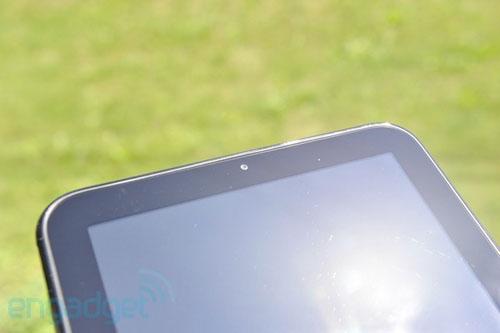 Giống iPad, TouchPad chỉ có một camera ở mặt trước