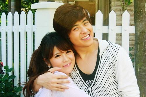 Chàng ca sĩ 'Vụt mất' và hot girl xứ sở kim chi Kang Ha Neul.