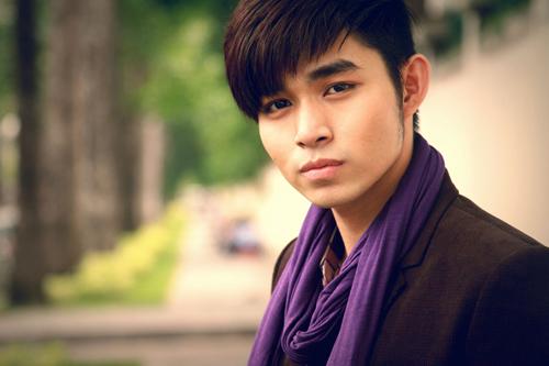 Thành viên Jun khoe nét lãng tử.
