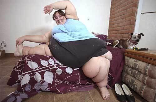 Hiện tại, chị Susanne đã hơn 300 kg và dự định sẽ đạt tới con số 700 kg. Theo The Sun, ngoại hình quá khổ của Susanne không khiến chị phiền lòng, trái lại, bà mẹ hai con thấy tự tin vì hấp dẫn được nhiều đàn ông và giúp chị có cơ hội làm người mẫu cỡ bự của website.