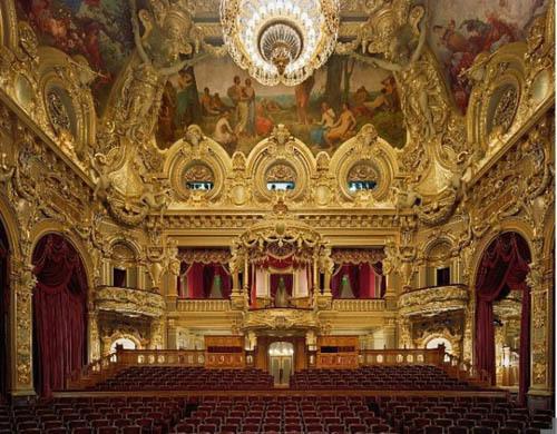 opera-house-interior-gold-and-red-665x51  Nhà hát với nội thất tráng lệ opera house interior gold and red 665x519 470605 1368189186 500x0