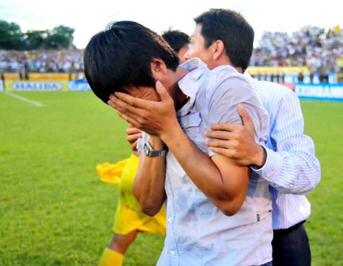 Đây là thành quả của quá trình phấn đấu không ngừng của thầy trò HLV Nguyễn Hữu Thắng trong suốt mùa giải.