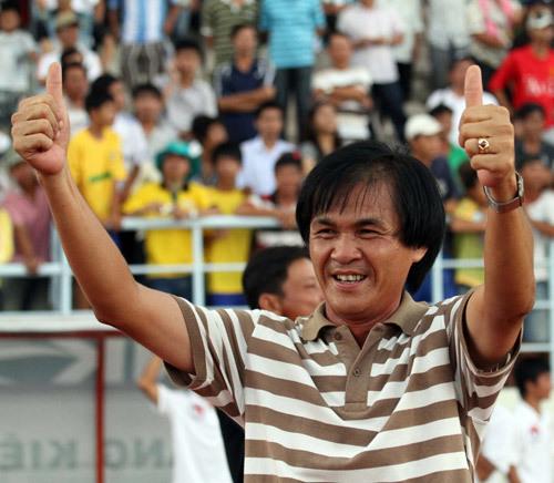 Khởi nghiệp HLV ở Đồng Tháp, ông Vân bắt đầu nhận công việc mới ở Kiên Giang từ năm 2010.
