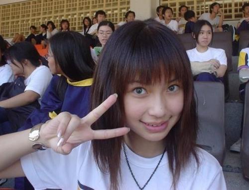 Angelababy thời trung học.