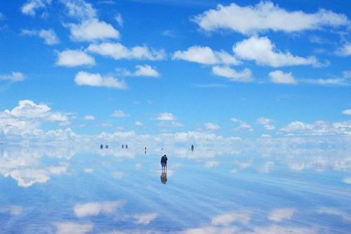 Sa mạc có diện tích hơn 10.000 km2.