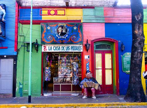 Một cửa hàng lưu niệm ở La Boca.