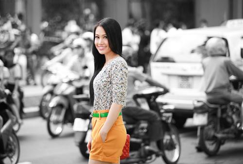 """Lê Hà là gương mặt mới của làng điện ảnh. Tuy nhiên vai chính Minh Thư trong bộ phim truyền hình """"Biệt động Sài Gòn - Không chùn bước"""" có thể sẽ là bước đệm giúp cô nhận được nhiều sự quan tâm trong thời gian tới."""