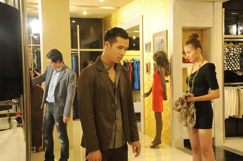 Thanh Hằng, Bình Minh và Trương Thế Vinh 3 nhân vật chính của phim Người Mẫu trong 1 cảnh quay.