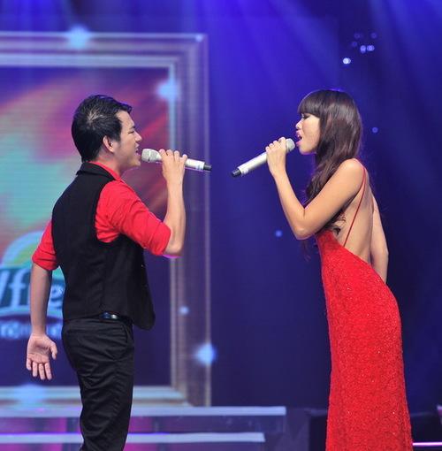 Nhạc sĩ Lê Minh Sơn thì vẫn dùng cụm từ đôi chân biết hát để bày tỏ sự cảm phục của mình với một chân dài có giọng hát điêu luyện như Hà Anh. Anh cũng không ngại ngần khẳng định rằng, rất nhiều sân khấu ca nhạc đang chờ đón cô sau cuộc thi này.