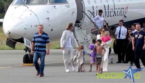 Nhà Jolie khi đặt chân xuống sân bay cách resort khoảng 12 km.
