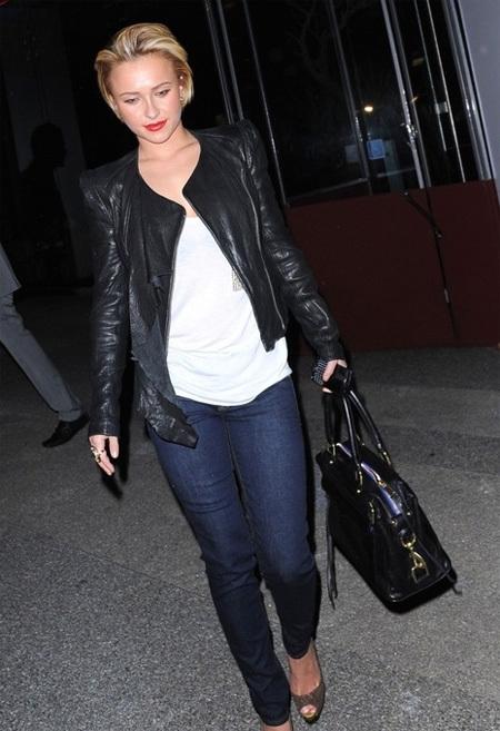 Hayden Panettiere thật 'chất' với áo khoác da và skinny jeans.