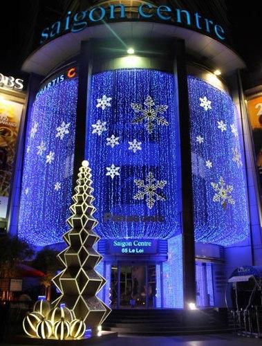 và Sài Gòn center