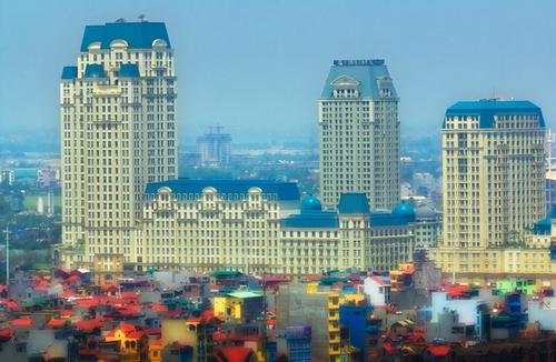 Tác phẩm 'Bức tranh đô thị' chụp tại Hà Nội' của tác giả Hữu Tiến.