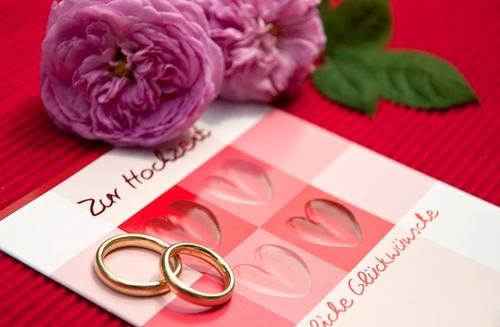 Một lời mời đám cưới trân trọng thể hiện tình cảm của cô dâu, chú rể với người được mời. Ảnh: Inmagine.