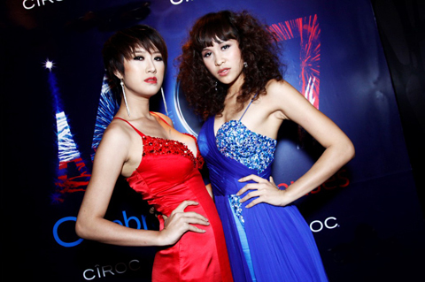 Người mẫu Phương Mai, một trendsetter điển hình với phong cách ăn mặc luôn bắt kịp xu hướng thời trang mới.