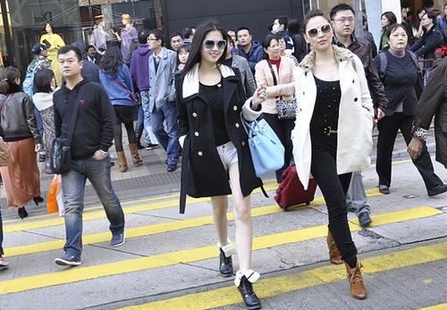 Đây là chuyến du lịch kết hợp việc gặp 1 số đối tác để phat triển hình ảnh của minh tại thị trường HONGKONG vao năm sau,