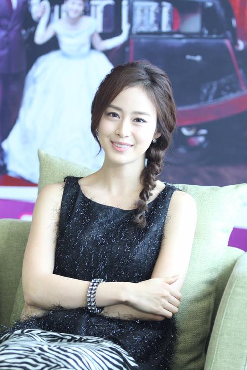 song-hee12-574515-1368124457_500x0.jpg