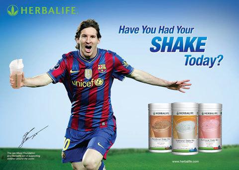 Leo Messi đồng hành cùng chiến dịch toàn cầu của Herbalife: Hôm nay bạn dùng Shake chưa?