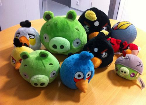 Gấu bông Angry Birds.