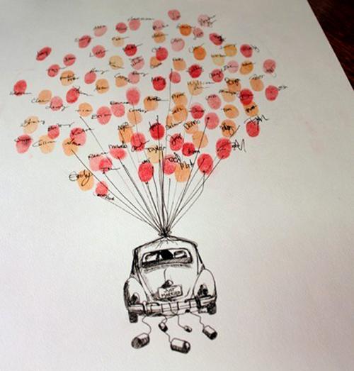 Bạn có thể nhờ một người bạn biết đôi chút về hội họa để vẽ cho bạn chiếc ôtô với chùm bóng bay xinh xắn này. Các vị khách sẽ in dấu vân tay và ký tên lên những quả bóng.