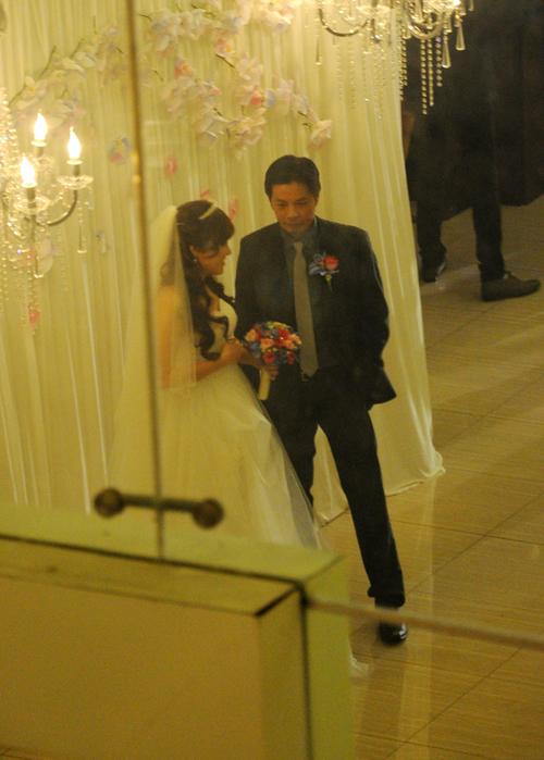 """Một nguồn tin trước đó cho biết, Thái Hòa đã ký kết với địa điểm tổ chức là Trung tâm tiệc cưới Riverside không cho phép phóng viên được chụp lại ảnh đám cưới. Nam diễn viên mong muốn một đám cưới thân tình và không ồn ào. Tuy nhiên, chàng diễn viên hài sau đó đã xuề xòa cho phép mọi người """"tác nghiệp"""" vì thấy các phóng viên quá nhiệt tình, quan tâm đến sự kiện này."""