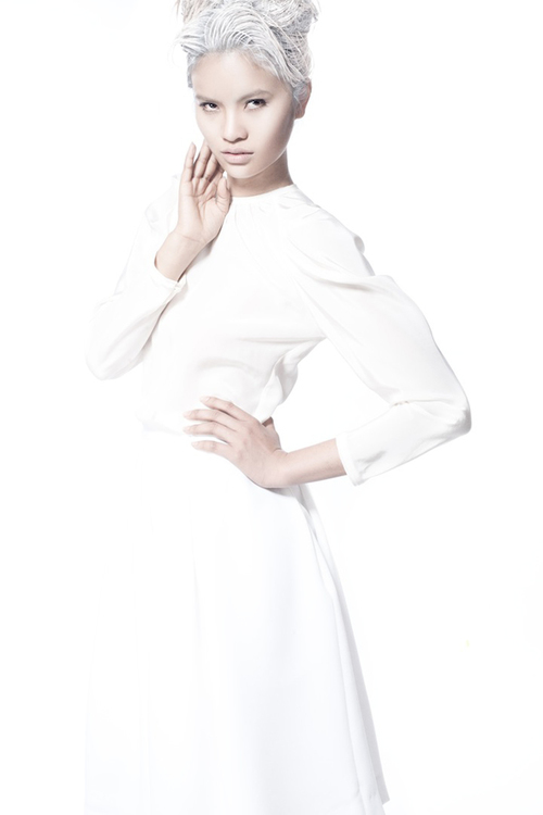 Lê Thị Phương - cô gái quê đặc biệt với ngoại hình thô vụng và tính cách chân quê của Vietnam's Next Top Model mùa thứ hai đã quyết định trở lại Sài Gòn để tiếp tục theo đuổi ước mơ người mẫu.