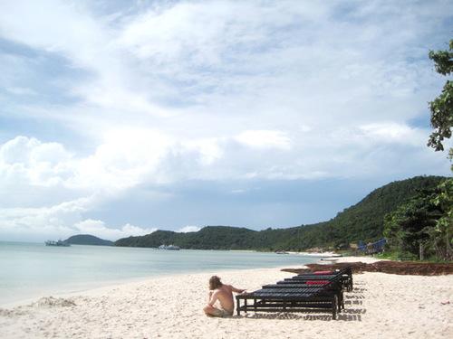 Bãi Sao - một trong những bãi biển đẹp của Phú Quốc với bãi cát trắng, mịn và làn nước trong mát.
