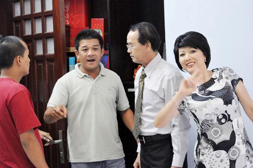 Đạo diễn Đặng Minh Quang (thứ 2 từ phải sang).