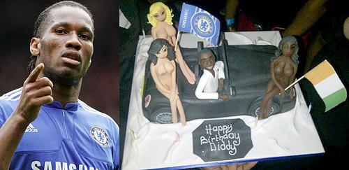 Tháng 3 năm ngoái, Drogba nhận được chiếc bánh gato có hình ba cô gái khỏa thân mang các màu da khác nhau trong sinh nhật lần thứ 33 tại hộp đêm Raffles, London.