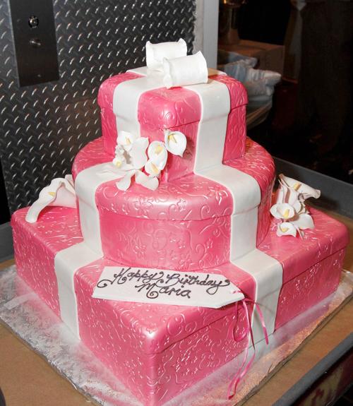 cake8-374607-1368234549_500x0.jpg