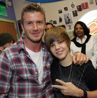 Bieber thân thiết với Beckham.