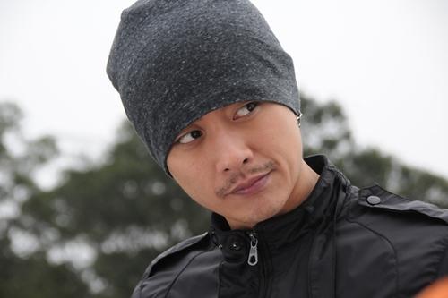 Huỳnh Tông Trạch 'lột xác' với vai phản diện.