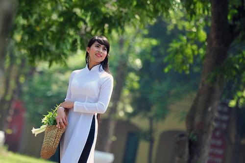 Cao 1,67 m, ngoại hình ưa nhìn, Thảo cho biết tới đây sẽ tham dự cuộc thi Hoa khôi du lịch Hà Nội.