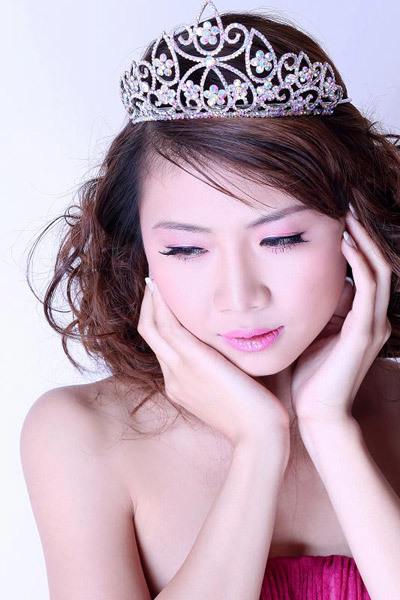 Sang tháng 4, cô gái 20 tuổi quyết định thi Người đẹp Hạ Long.