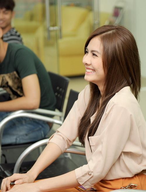 Vân Trang cũng có mặt trong buổi học để chia sẻ kinh nghiệm với V.Music và học thêm diễn xuất từ nam diễn viên Hollywood.
